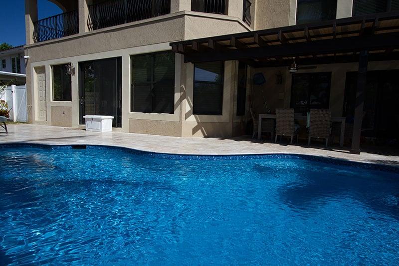 Pool-resurfacing-Swimming-pool-r_4261_qs_ftlauderdale_fl_090914